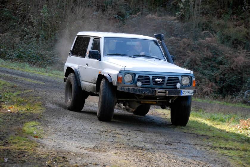Nissan-Patrol-GR-Y60-20